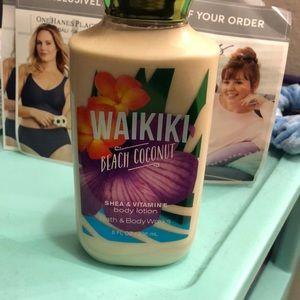 Waikiki beach coconut lotion